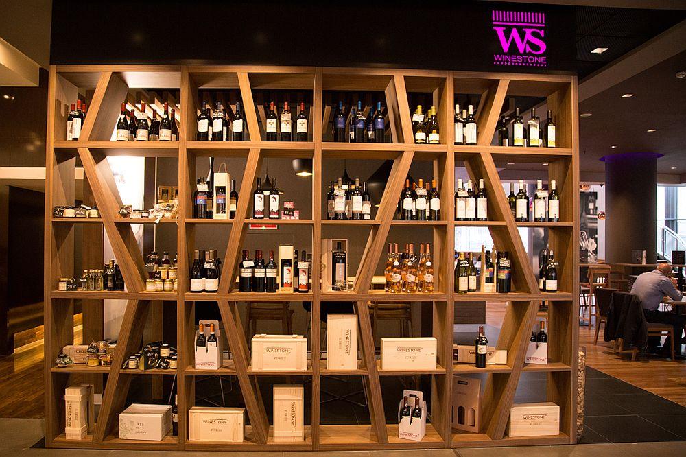 adelaparvu.com despre Winstone, restanurant de vinuri Hotel Novotel, Bucuresti (9)