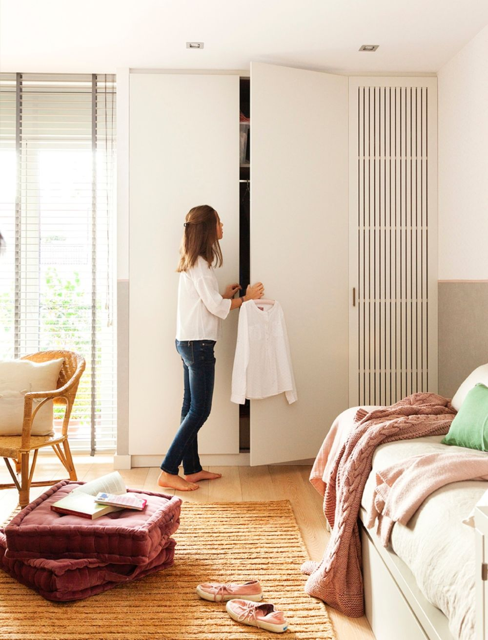 adelaparvu.com despre apartament organizat si cald amenajat, designer Miriam Marin , Foto ElMueble Fernando Bedon (13)