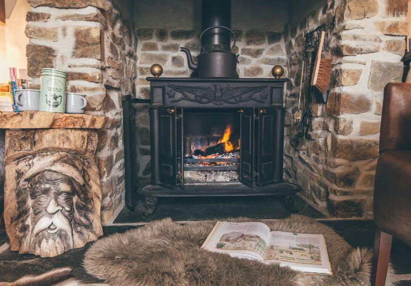 adelaparvu.com despre casa de vacanta cu carute anexate, casa Nomad, Marhamchurch, Cornwall, UK, Foto Unique Home Stays (20)