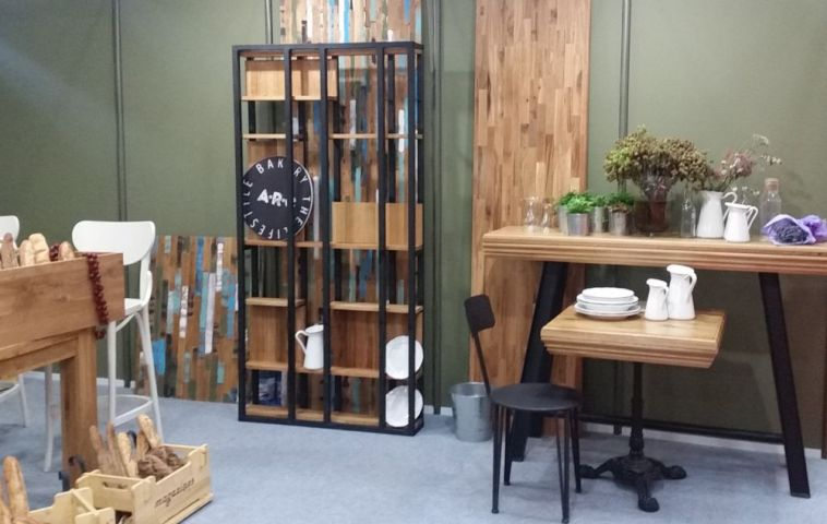 adelaparvu.com despre producatori de mobila din lemn Romania, in foto produse GMS Wood 1