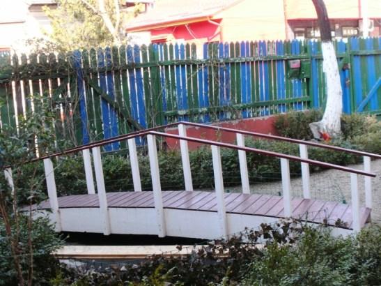 Podet de gradina din lemn realizat de Casute Kalman