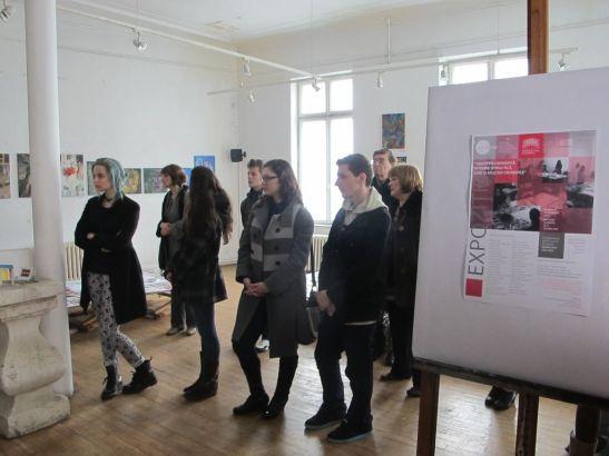 Expozitia Perceptia cromatica in teorie si practica la Galeria UNArte