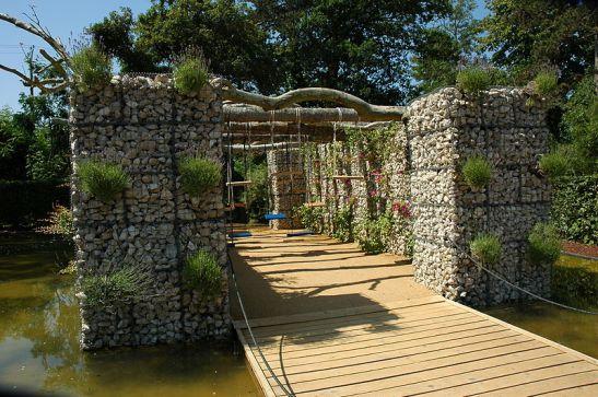 Amenajare de gradina cu gabioane la France Loir et Cher Festival jardins Chaumont sur Loire