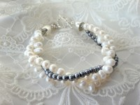 One of my first creations. A freshwater pearl bracelet.
