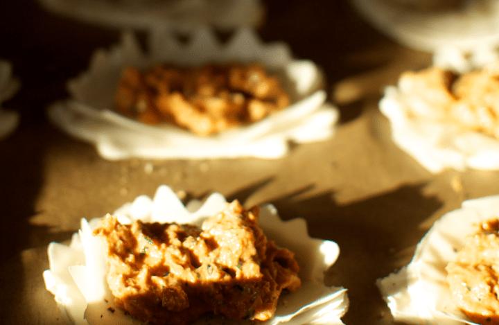 Mini-tarte rosii uscate
