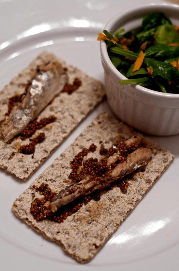 sardine cu salata
