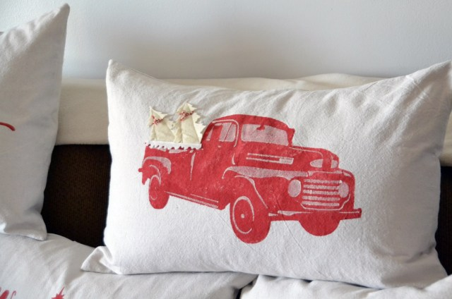 i-will-celebrate-nativity-pillow-7