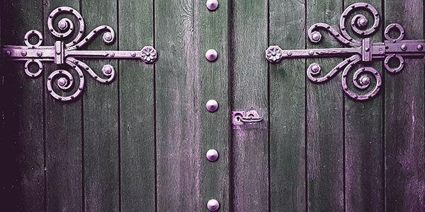 ideas-para-escribir-circe-puerta