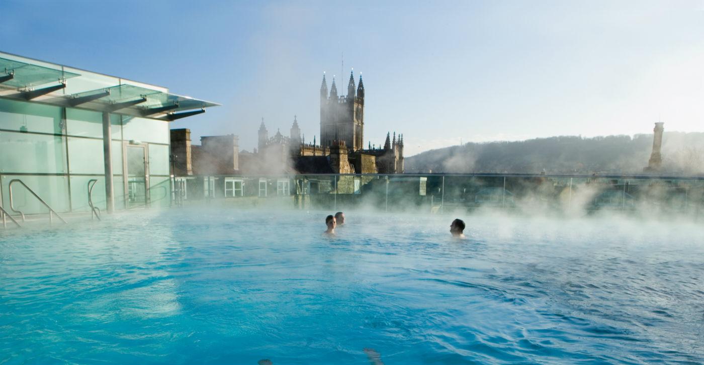 Rooftop-Pool-Bath