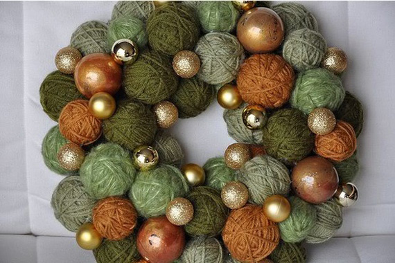 unusaul-christmas-wreath-wool