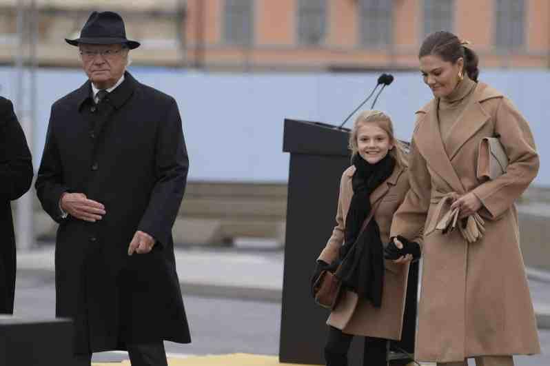 König Carl Gustaf, Prinzessin Estelle und Kronprinzessin Victoria
