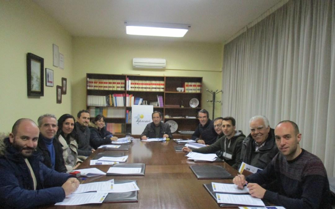 A.D.E.R.A.V.I. firma contratos de ayudas LEADER con siete empresas de su territorio