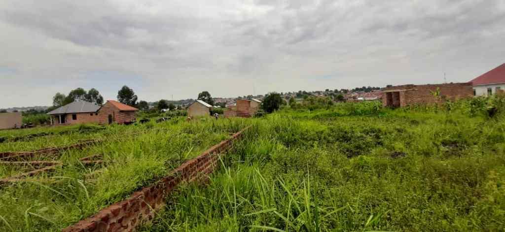 plot for sale in masanafu