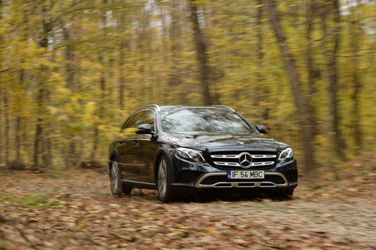 Mercedes-Benz E220d All Terrain (9)
