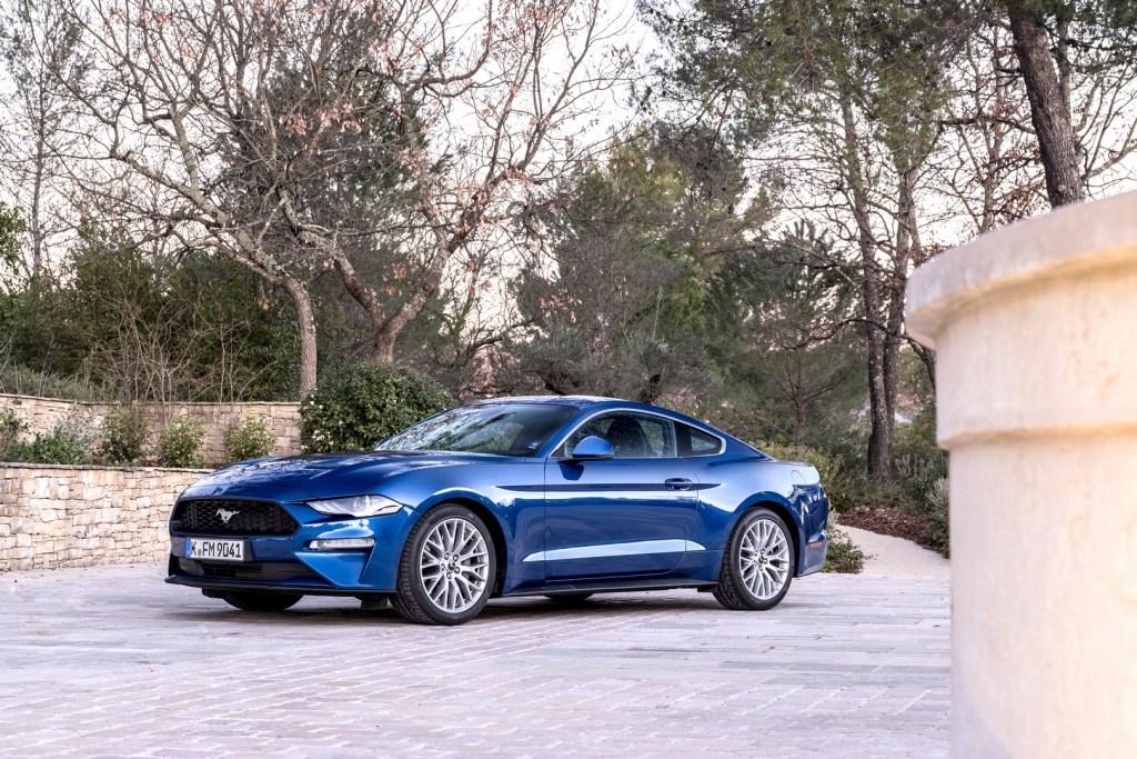 Ford Mustang Nissa (1)