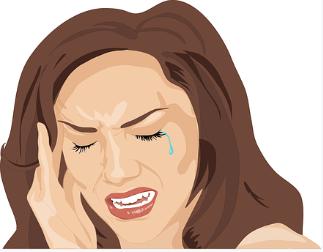 Frau mit Migraineattacke