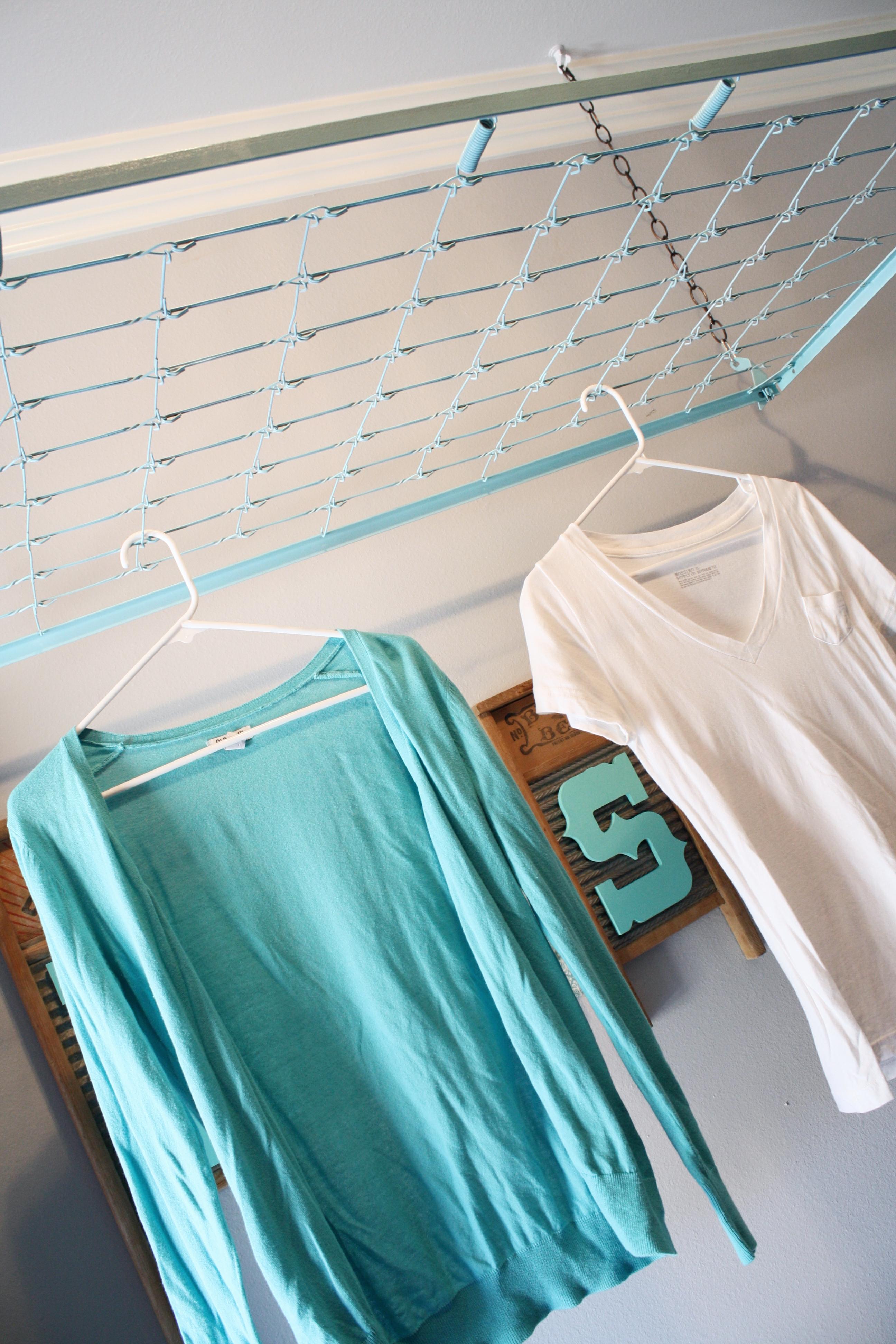 crib spring drying rack wash room decor. Black Bedroom Furniture Sets. Home Design Ideas