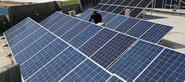 Podrían contar con cerca de un millón de paneles fotovoltaicos y más de 130 inversores de conexión a la red