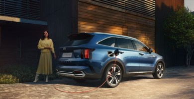 KiaSorentoPHEV-rear-homecharge-1