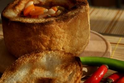 ciorba de fasole in paine 11