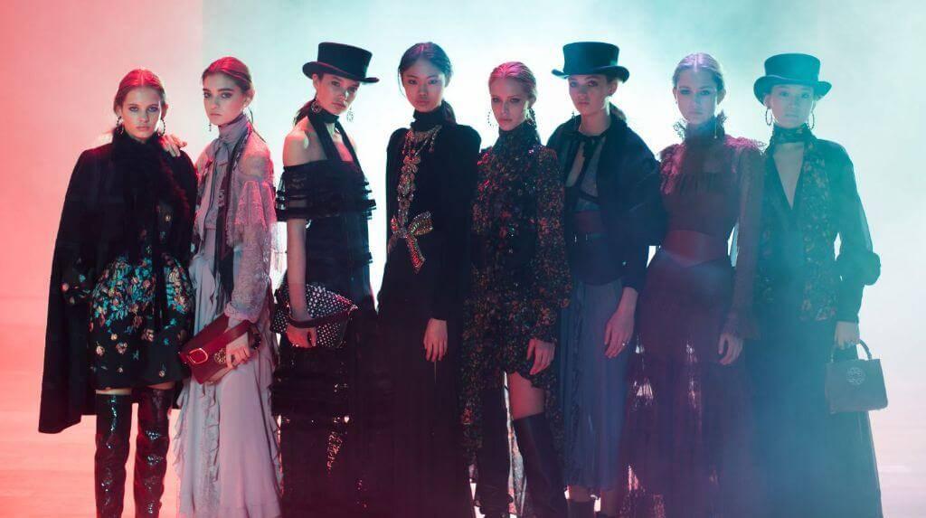 Elie Saab Fashion Show | Ready-To-Wear Autumn-Winter 2018-2019