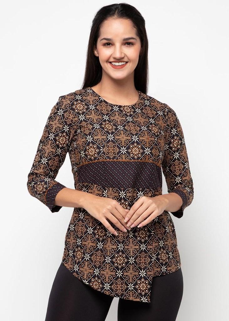 Batik Adikusuma Women Nitik Kembang Blouse Batik Wanita – Hitam