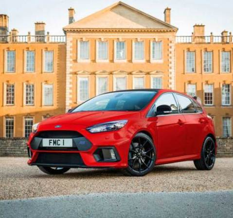 Ford Focus RS Red Edition, Pengganti Kereta Santa!