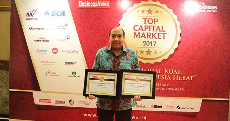 Adira Finance Raih Penghargaan Top Capital Market 2017
