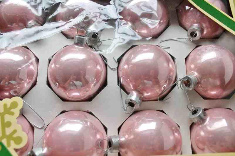 vintage pink christmas bulbs (2)
