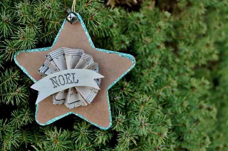 Noel Star on Tree