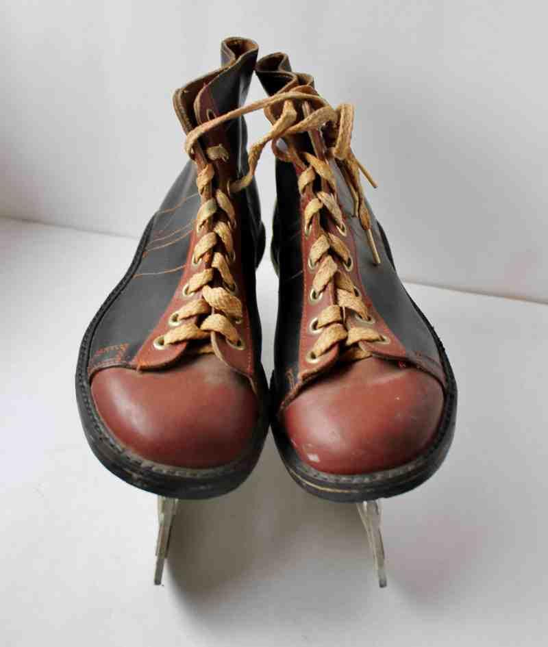 Vintage Boy's Skates