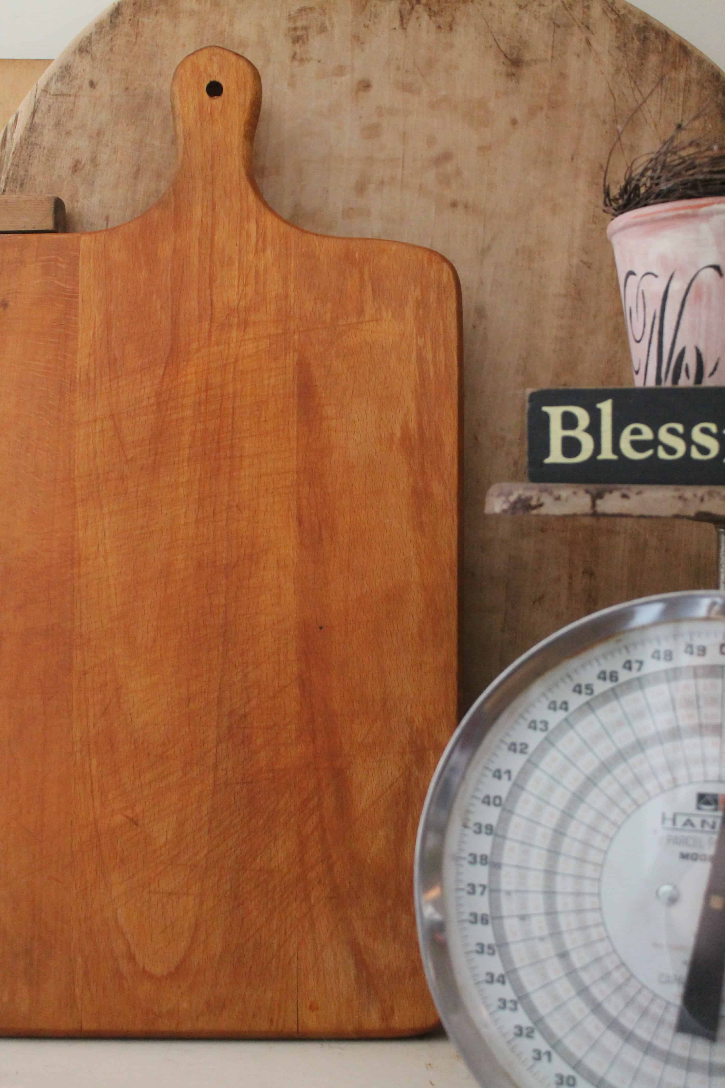 Seasoned cutting board