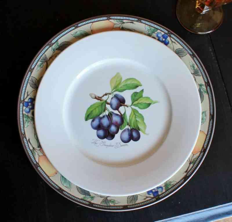 mikasa-garden-harvest-plate-and-port-meirion-damson-plum-plate-1024x980