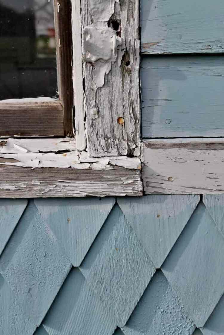 mabee-farm-light-blue-outbuilding-683x1024