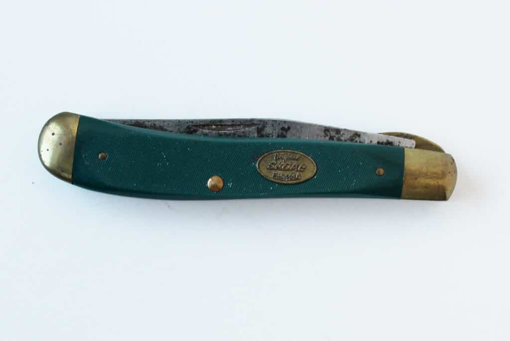 schrade-skoal-pocket-knife-1-1024x684