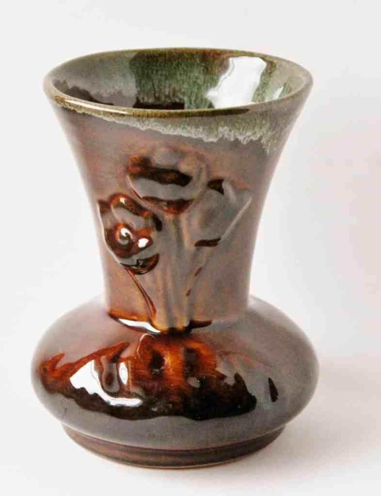 van-briggle-vase-2-1152x1500