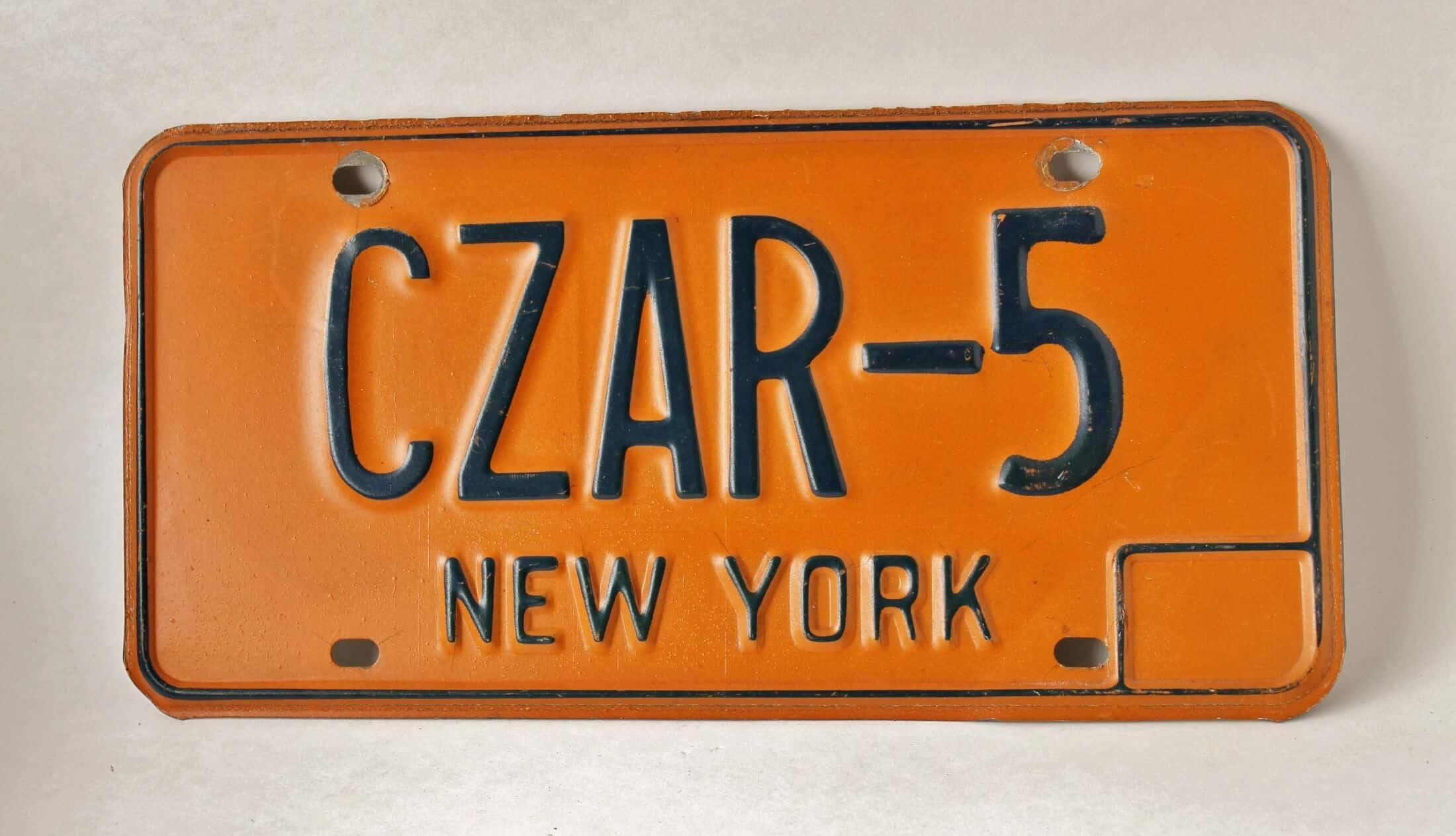 vintage NY License plate: Czar-5