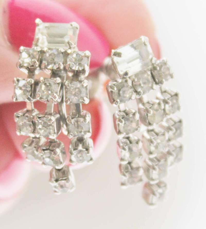 vintage rhinestone pierced earrings