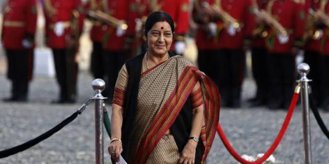 सुषमा स्वराज: एक मायाळू करारी दीपस्तंभ