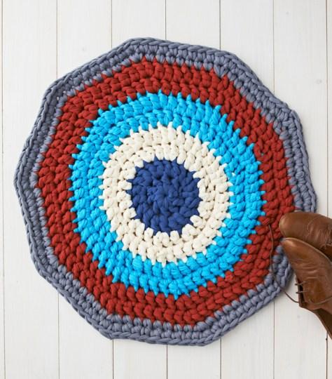 Crochet Rug With T-Shirt Yarn