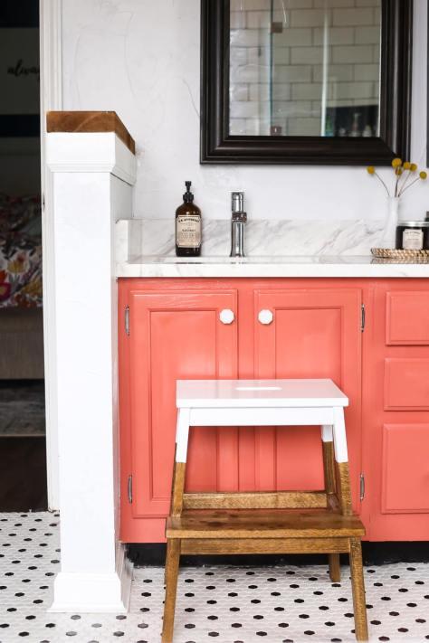DIY Stepstool Makeover
