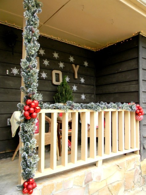 Country Style Porch Decoration