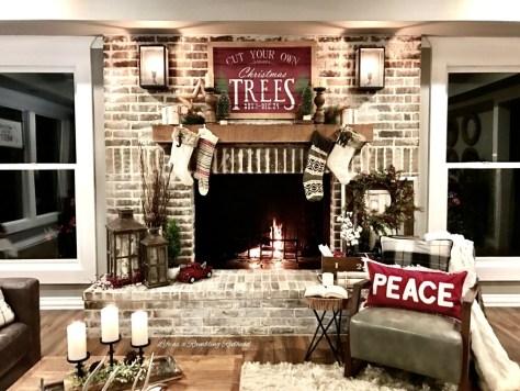 Rustic Farmhouse Fireplace Decor