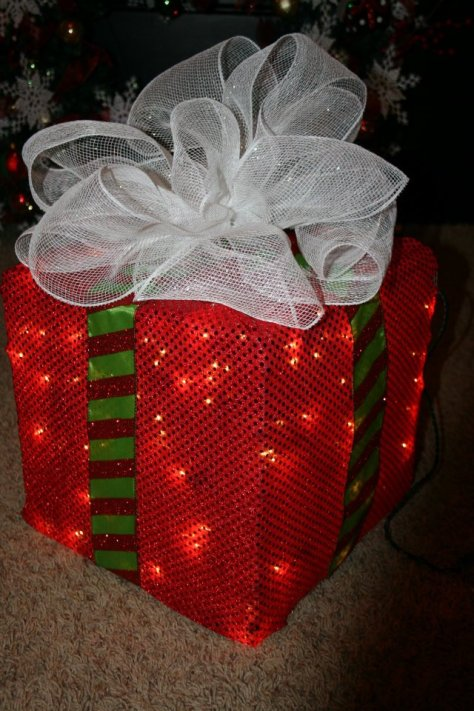 Lighted Christmas Box Decoration