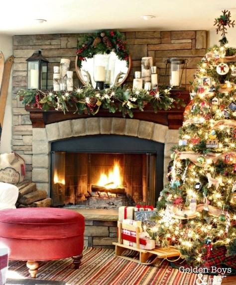 Rustic Lodge Christmas Fireplace Decor
