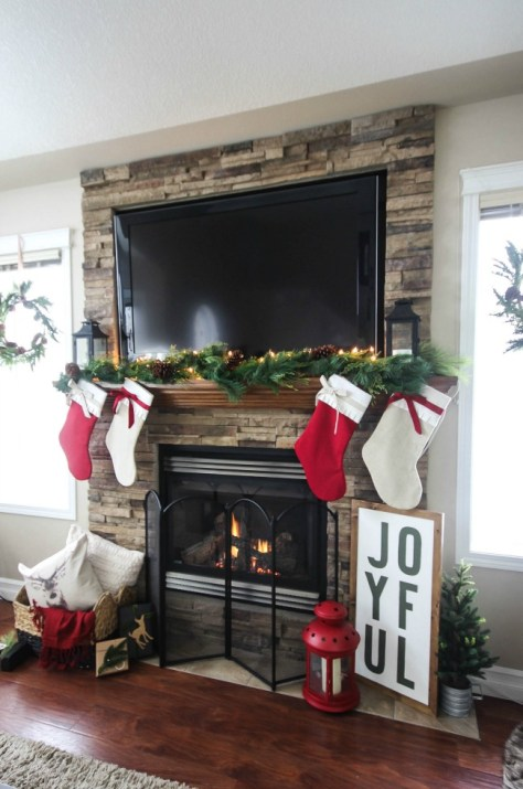 Cozy & Rustic Christmas Fireplace