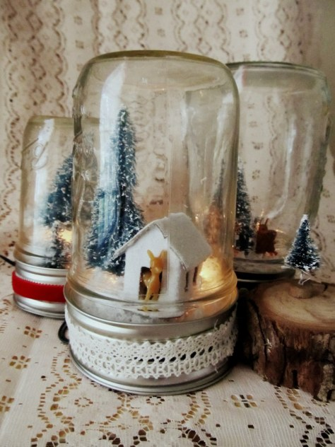 Light Up Mason Jar Christmas Scene