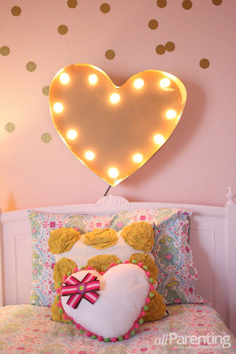 Lighted Heart Marquee