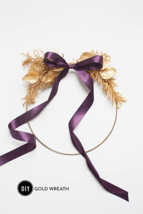 Gold Wreath With Bow