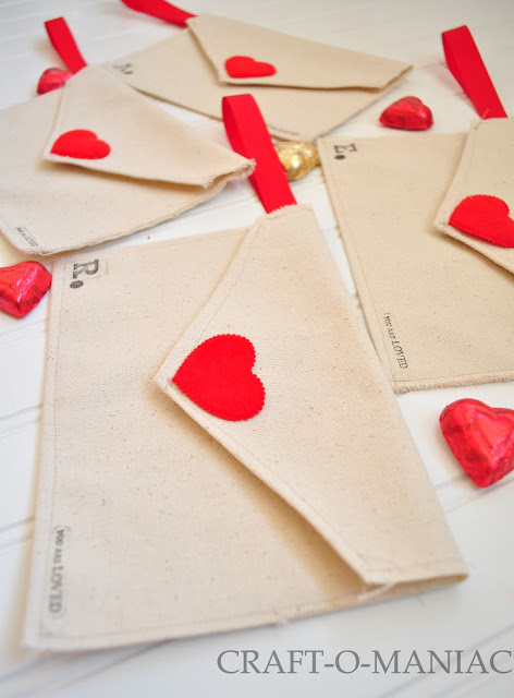 DIY Valentine Fabric Envelopes